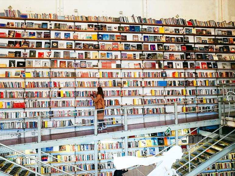 La famosa librería Les Devagar