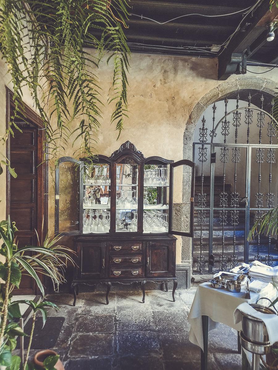 Hacer la visita guiada a Vegueta y salir de pinchos un jueves