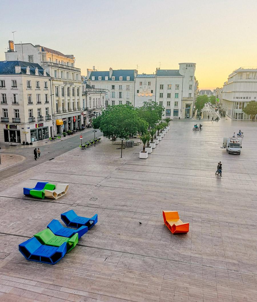la plaza de ayuntamiento de Poitiers
