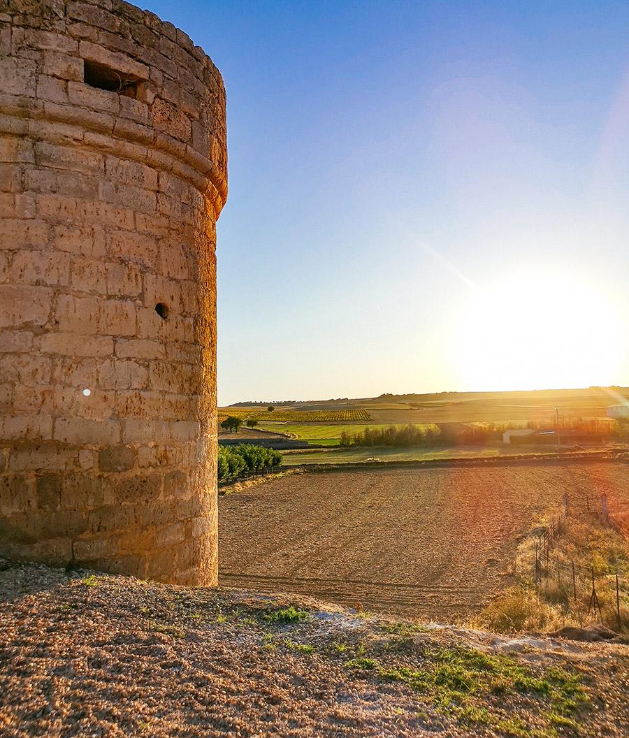 Castillo Encantado de Trigueros del Valle